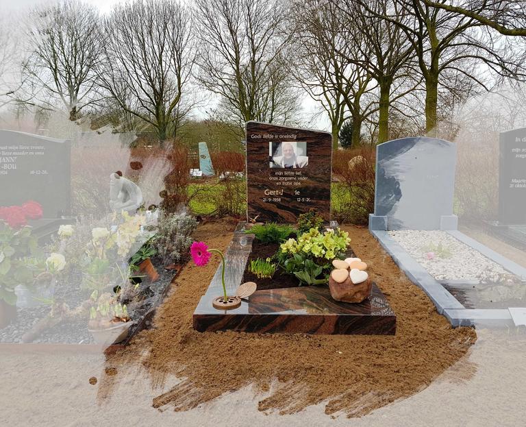 grafsteen met aluminium foto te Harmelen