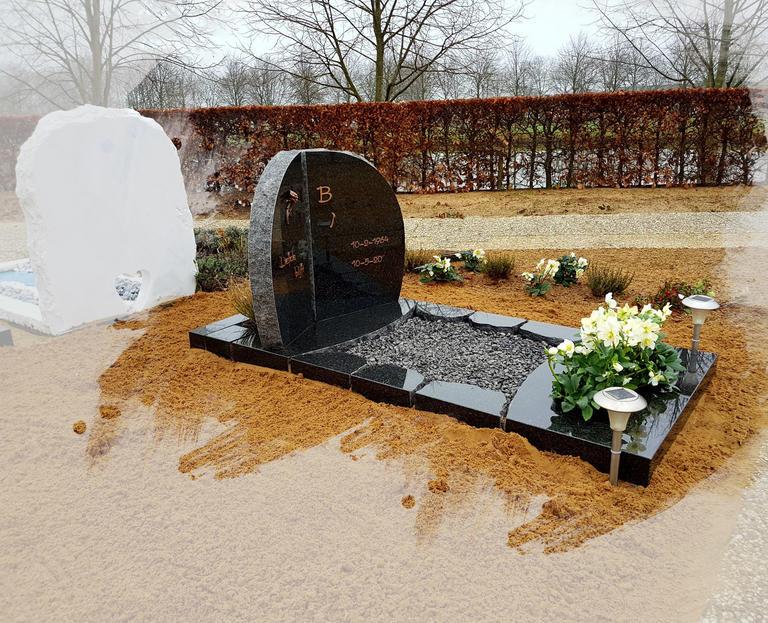 grafsteen met ruwe bewekingen te Oudewater