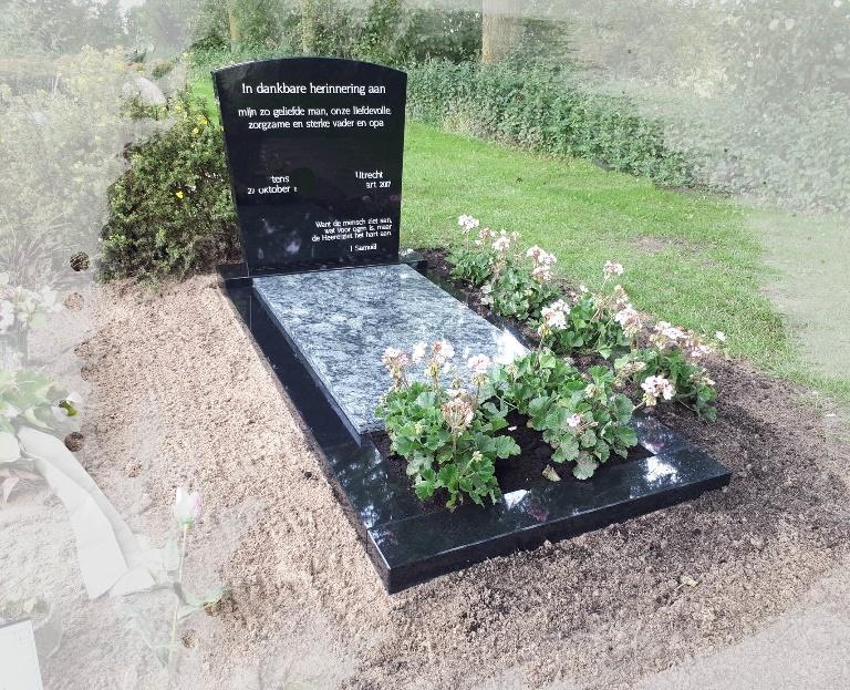 Grafsteen zwart met Olive Green graniet