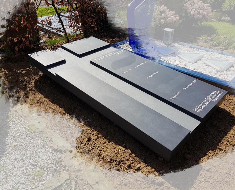 zwart graniet gezoeten zerk met zwevend effect