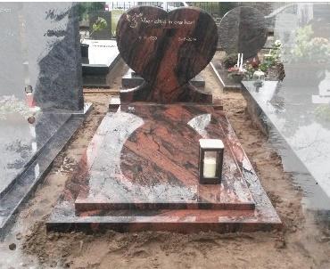Grafstenen hart Indian Aurora te Driebergen