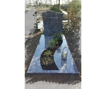 Grafsteen met fraai plantvak Oudewater