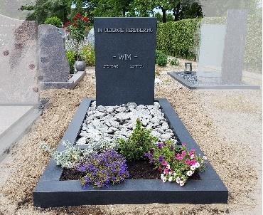 Grafsteen Zwart graniet