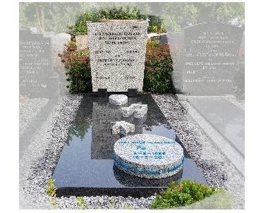 Grafsteen met Accessoires van graniet