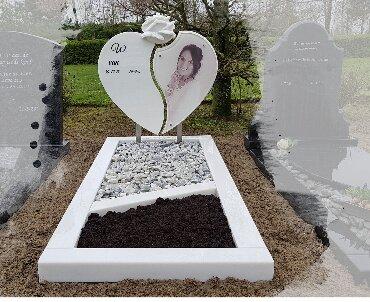 Grafsteen Hart model met glasplaat