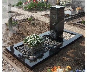 Grafsteen met speciale zuil