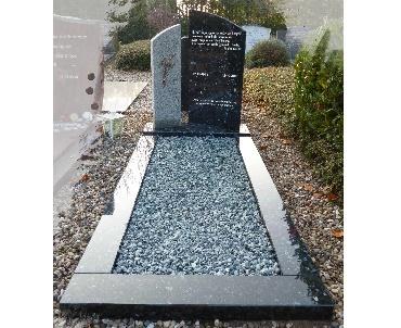 Gedenksteen met brons