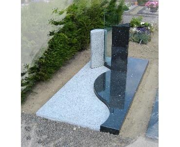 Grafsteen twee kleuren graniet met glasplaat Houten