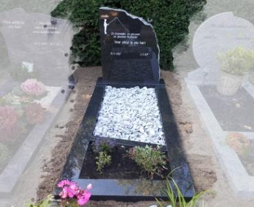 grafsteen Alphen aan den Rijn met bronzen vogel
