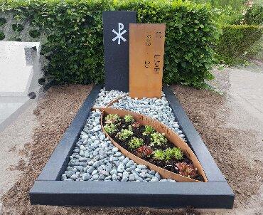 grafsteen cortenstaal met graniet 1