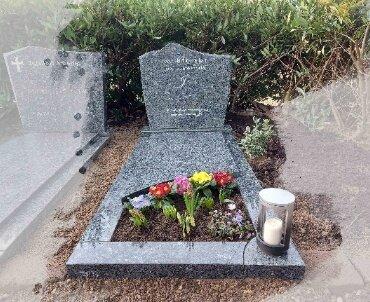 grafsteen licht blauw graniet rotterdam