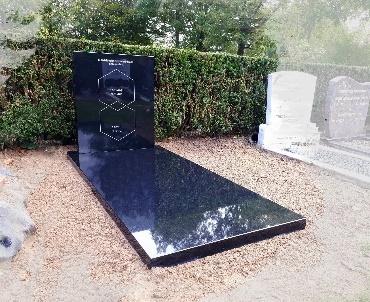 grafsteen Zwart graniet gepolijst
