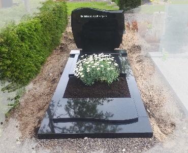 grafsteen zwart graniet met plantvak