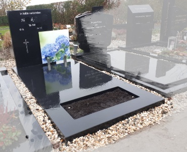 grafstenen Montfoort