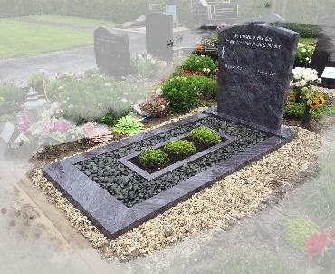 Grafsteen Toogvorm met speciaal tuinvak voor beplanting Montfoort