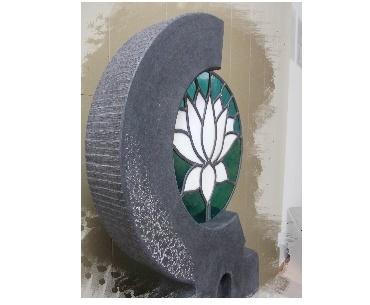 Grafsteen met Glas in lood met graniet