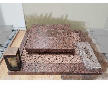 Grafsteen Vanga red Graniet