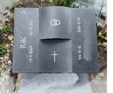 grafstenen Boekvorm zwart graniet gezoet