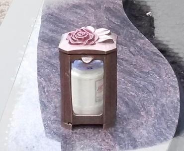 Bronzen lantaarn met roosje