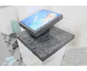 Kindergrafsteen met glasplaat