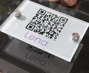 grafstenen QR-code op glas