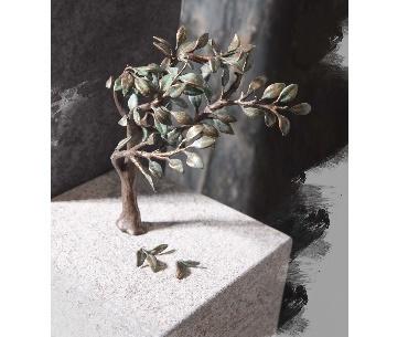 grafstenen met Boompje en blaadjes van brons