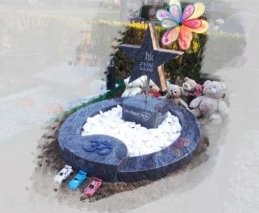 kindergrafsteen orion graniet