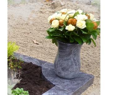 Grafstenen Granieten vaas