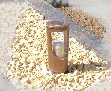 Bronzen lantaarn met bovenglaasje voor extra licht