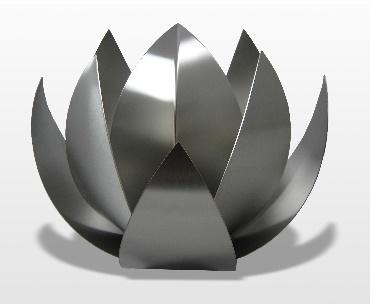 Lotusbloem urn
