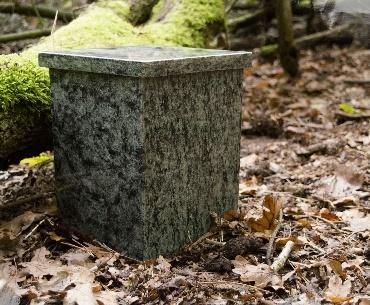 Granieten urn