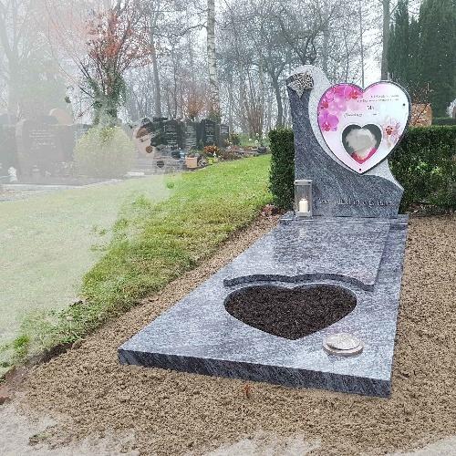 Grafsteen met full colour glasplaat te Woerden