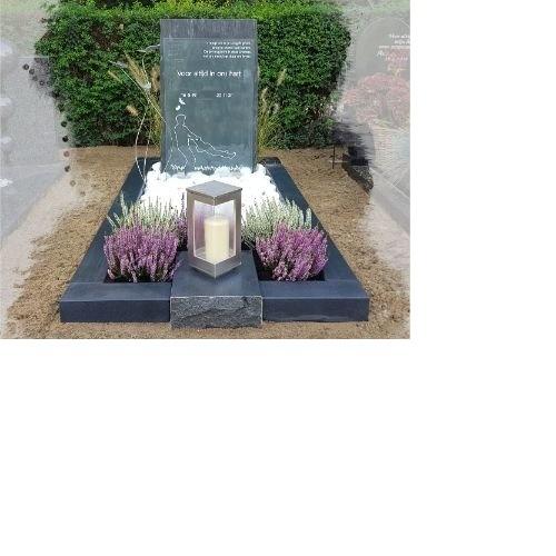 grafsteen met tekst